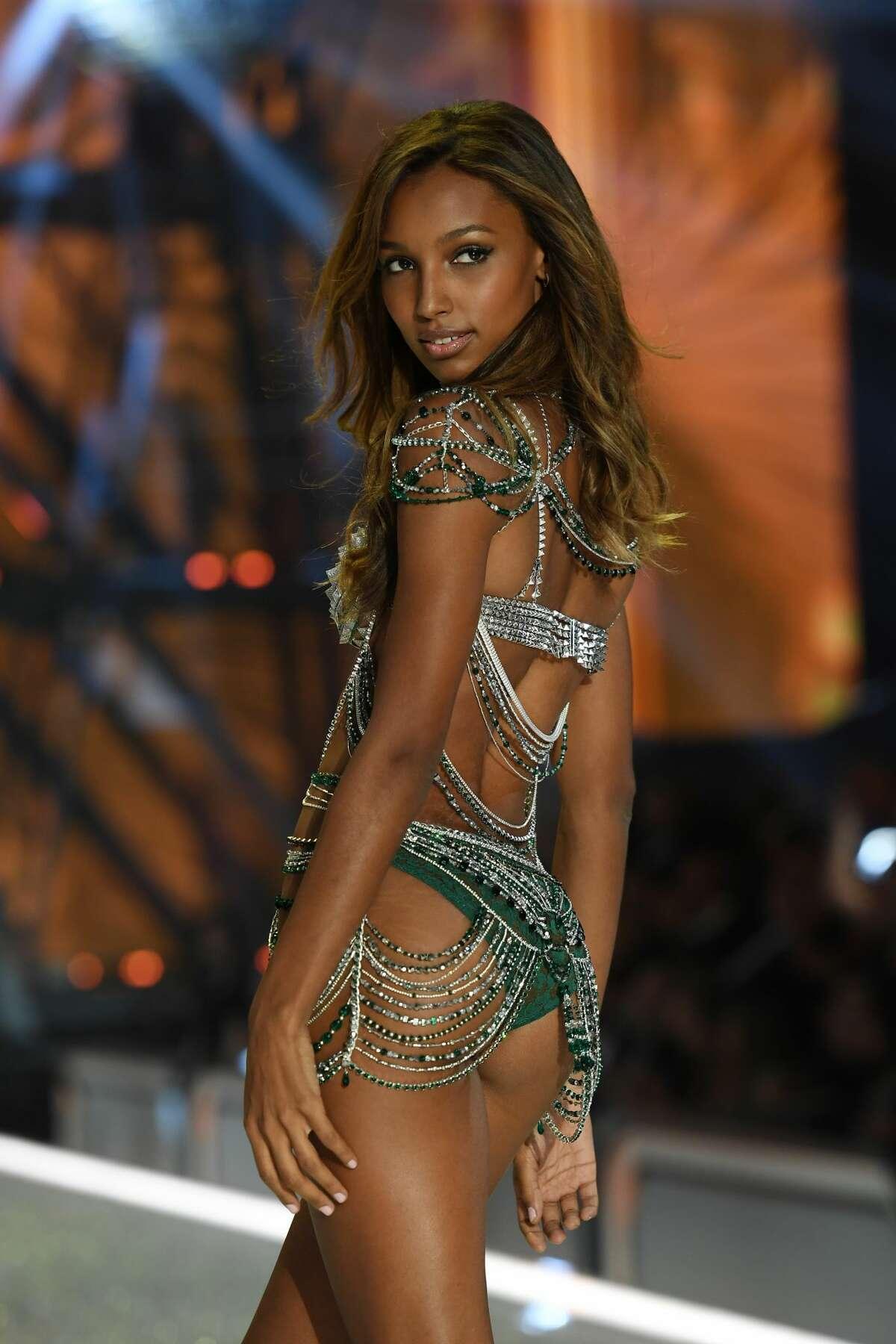 Jasmine Tookes wearing the three million dollar Fantasy Bra during the 2016 Victoria's Secret Fashion Show.