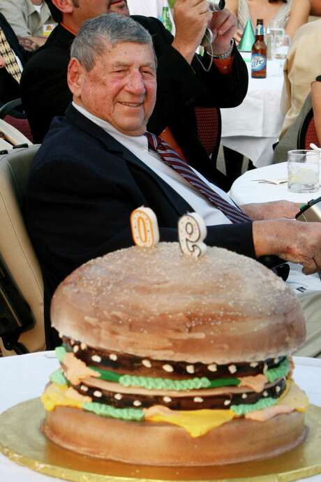 """Michael James  """"Jim"""" Delligatti, with a Big Mac birthday cake on his 90th birthday in 2008. Photo: Gene J. Puskar, STF / Copyright 2016 The Associated Press. All rights reserved."""