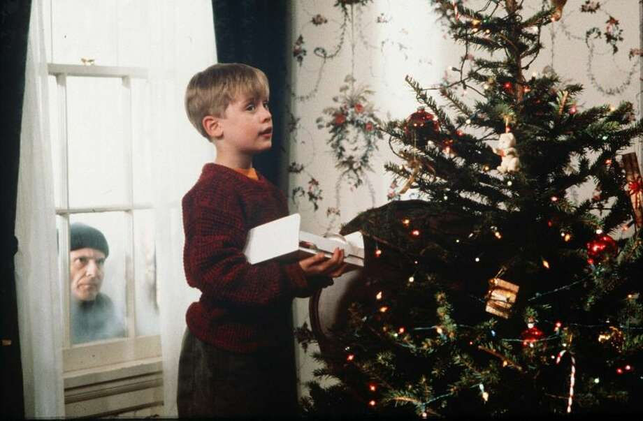 The favorite Christmas movie of every state