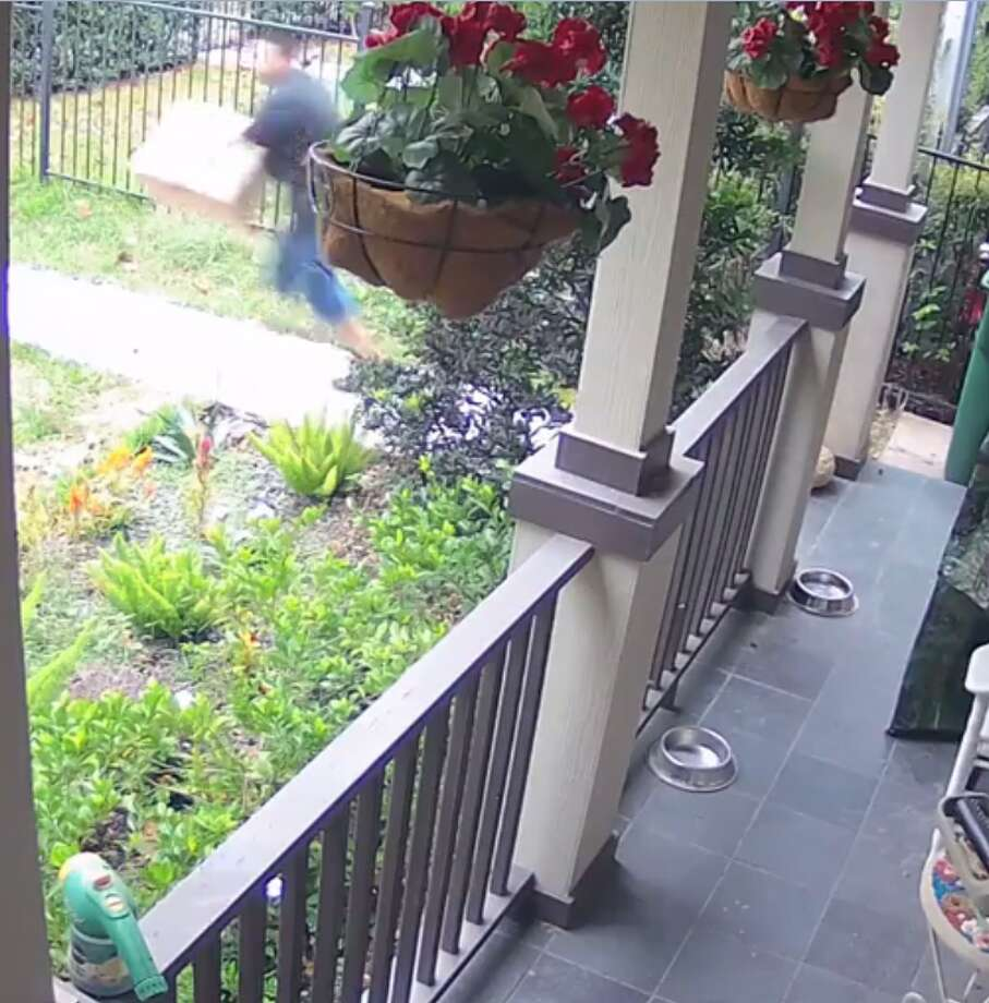 A Heights couple had a package stolen from their porch on Nov. 29. Photo: Katherine Papgeorge