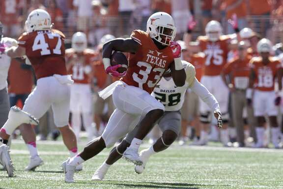 There's no doubt that D'Onta Foreman's running, which added up to a national-best 2,028 yards, was the highlight of the Longhorns' 5-7 season.