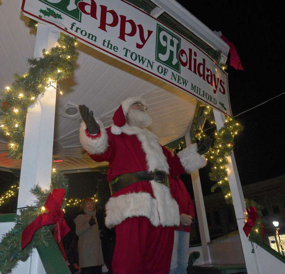 File photo of Santa in New Milford, Conn. Photo: H John Voorhees III / Hearst Connecticut Media / The News-Times