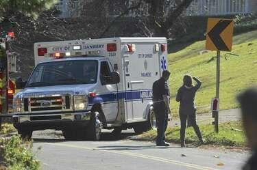Ex-cop in fatal crash sues Danbury - NewsTimes