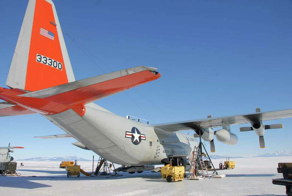 2010 file photo showing a 109th Airlift Wing LC-130 Hercules aircraft in Antartica. (New York Air National Guard)