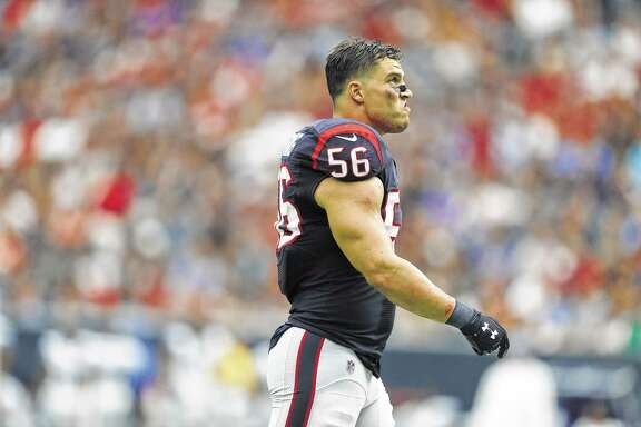 Houston Texans inside linebacker Brian Cushing (56) walks back to the field during the fourth quarter an NFL football game at NRG Stadium, Sunday,Oct. 30, 2016 in Houston.   ( Karen Warren / Houston Chronicle )
