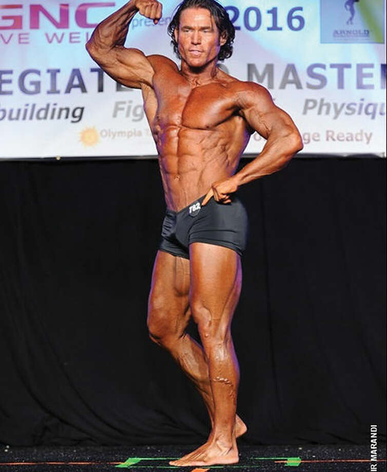Ryan Henderson has received his pro card as a bodybuilder.
