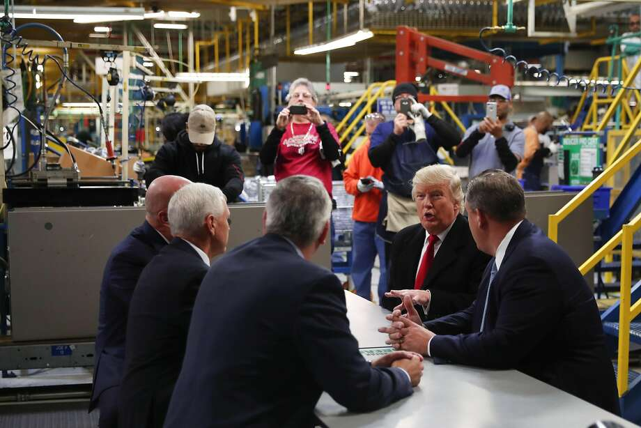 President-elect Donald Trump's visit to heating and air condi tion ing plant Car rier in Indianapolis marked the opening of a tour to states that helped him win. Photo: DOUG MILLS, NYT