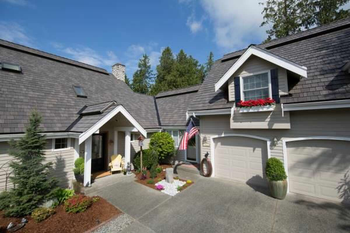 What to Look for in a New Roof