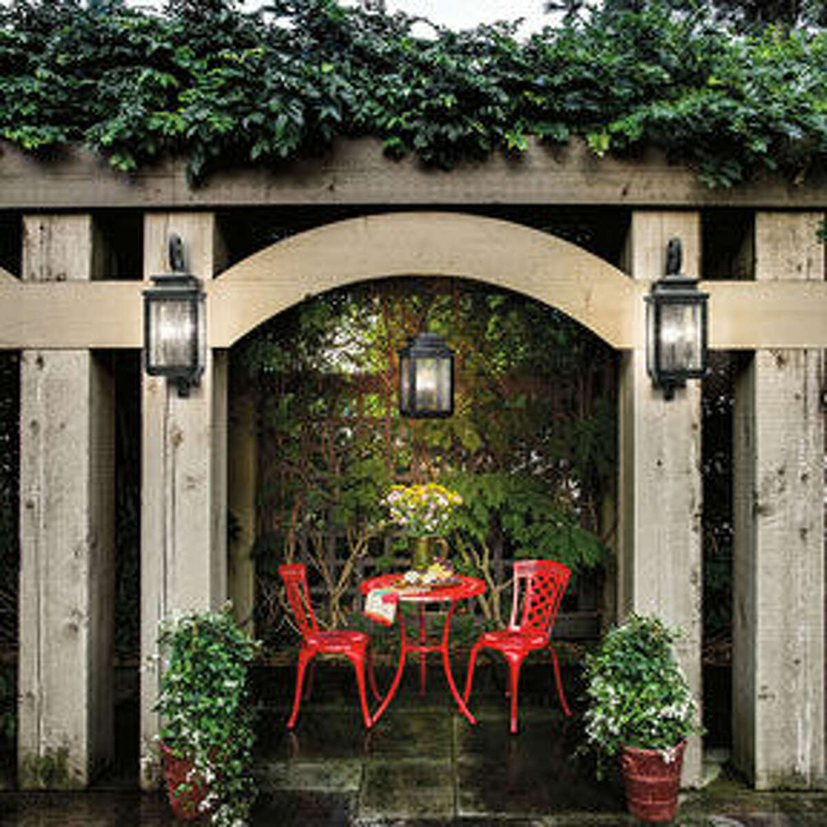 Lighting Tips to Enhance Your Outdoor Living Space