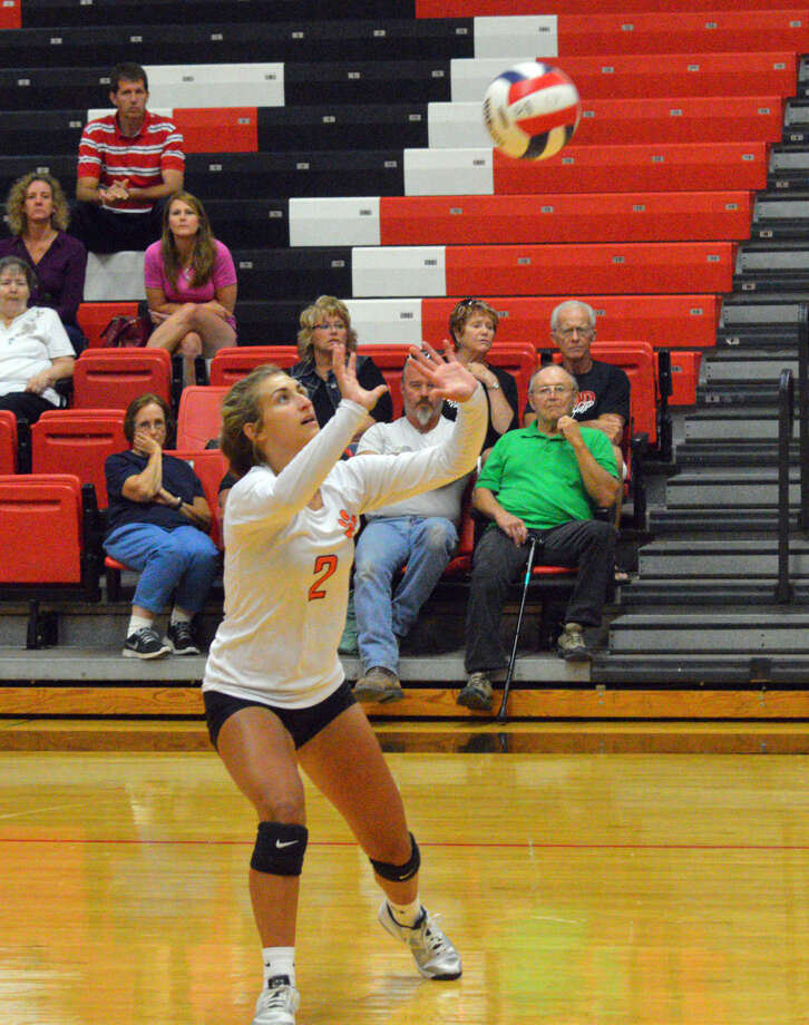 EHS junior Megan Woll prepares to set the ball.