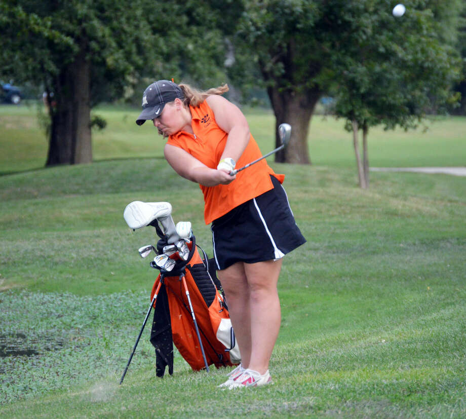 Edwardsville's Carlie Van Patten hits her fourth shot on the first hole at Oak Brook Golf Club.
