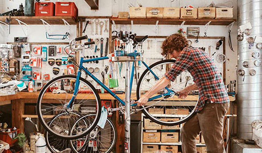 A look inside Heritage Bicycles and Coffee in Chicago.