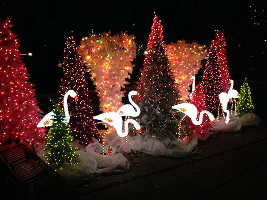 Wild Lights will return to the Saint Louis Zoo for the 2016-17 holiday season.