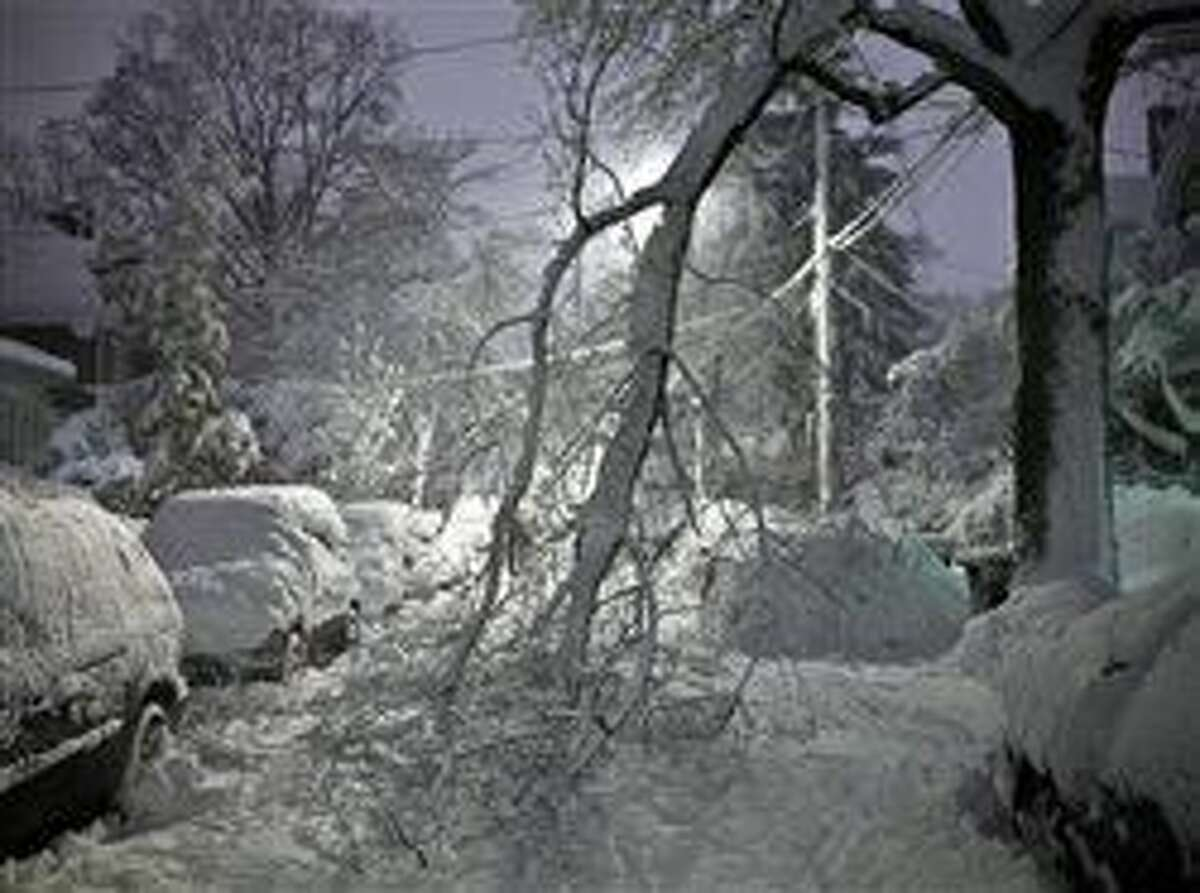 Lights out: 4 ways to prepare for a long outage after the storm