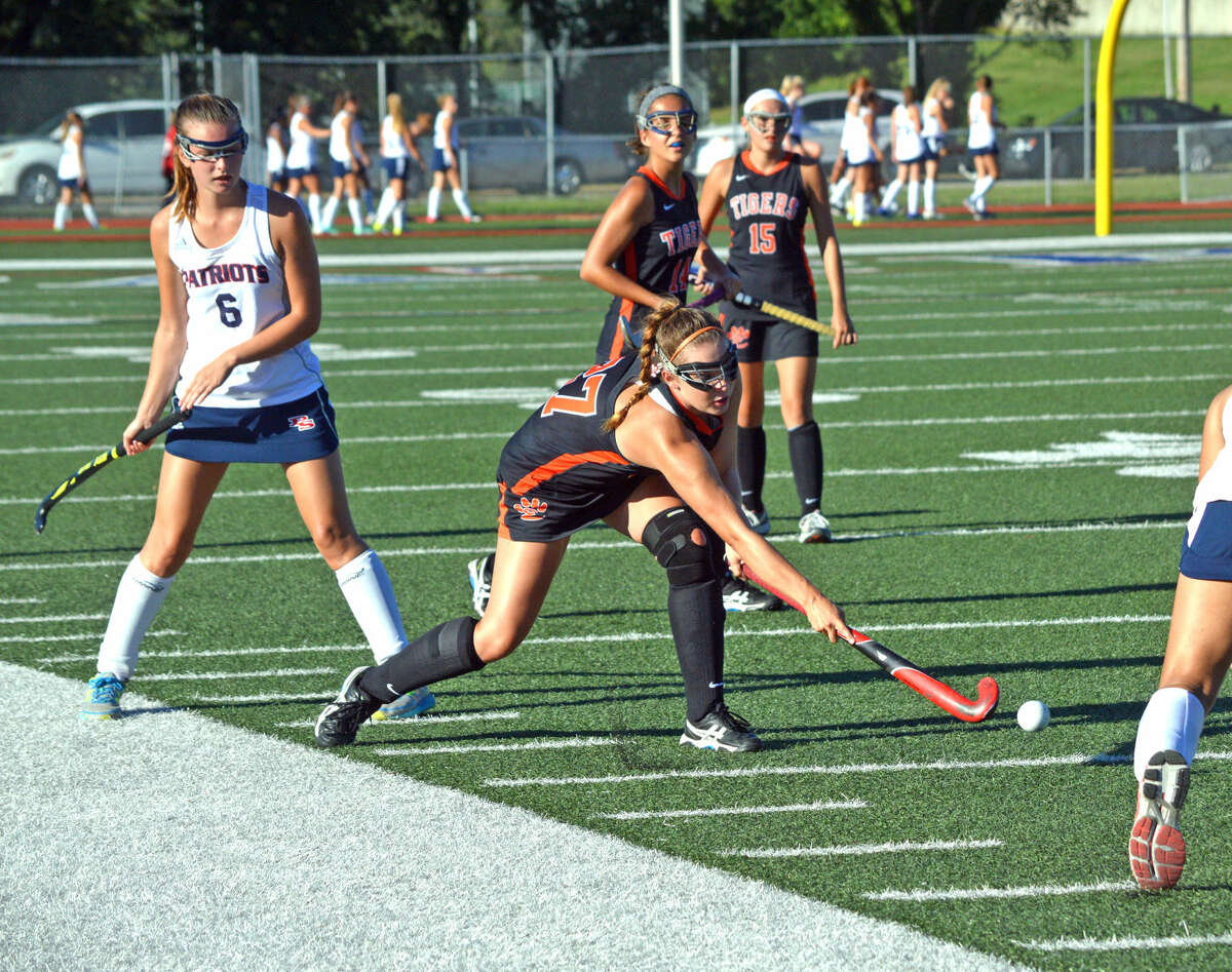 Edwardsville senior Kaitlyn Smith tries to control the ball during Monday's game at Parkway South.