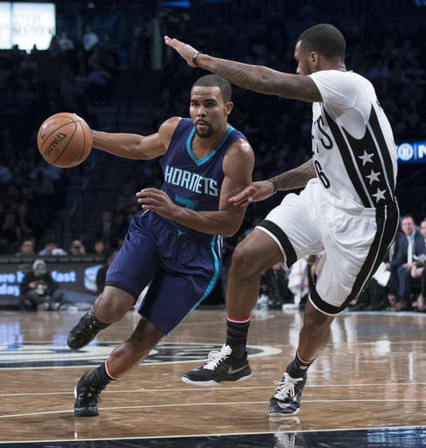 Charlotte Hornets guard Ramon Sessions (7) drives to the basket against Brooklyn Nets guard Sean Kilpatrick (6) during the first half of an NBA basketball game, Friday, Nov. 4, 2016, in New York. (AP Photo/Mary Altaffer)