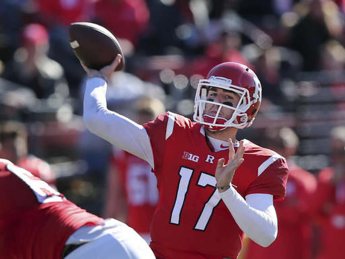 Rutgers quarterback Giovanni Rescigno (17) throws a pass during the first half of a NCAA college football game against Indiana Saturday, Nov. 5, 2016, in Piscataway, N.J. (AP Photo/Mel Evans)