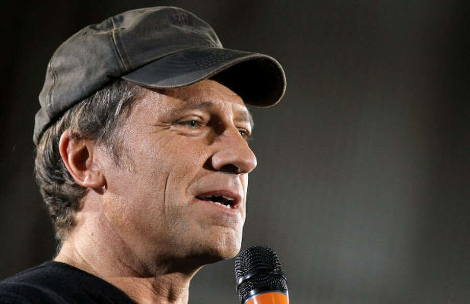 Mike Rowe of \'Dirty Jobs\' Launches Epic Rant Against Flag-Burning ...