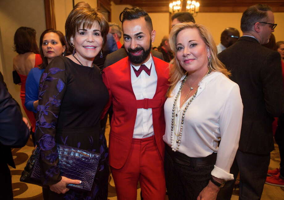 (LtoR) Hallie Vanderhider, Fady Armanious and Theresa Bruno during the 2016 World AIDS Day luncheon at the Hilton Houston Post Oak, Thursday, Dec. 1, 2016. Photo: Mark Mulligan, Houston Chronicle / © 2016 Houston Chronicle