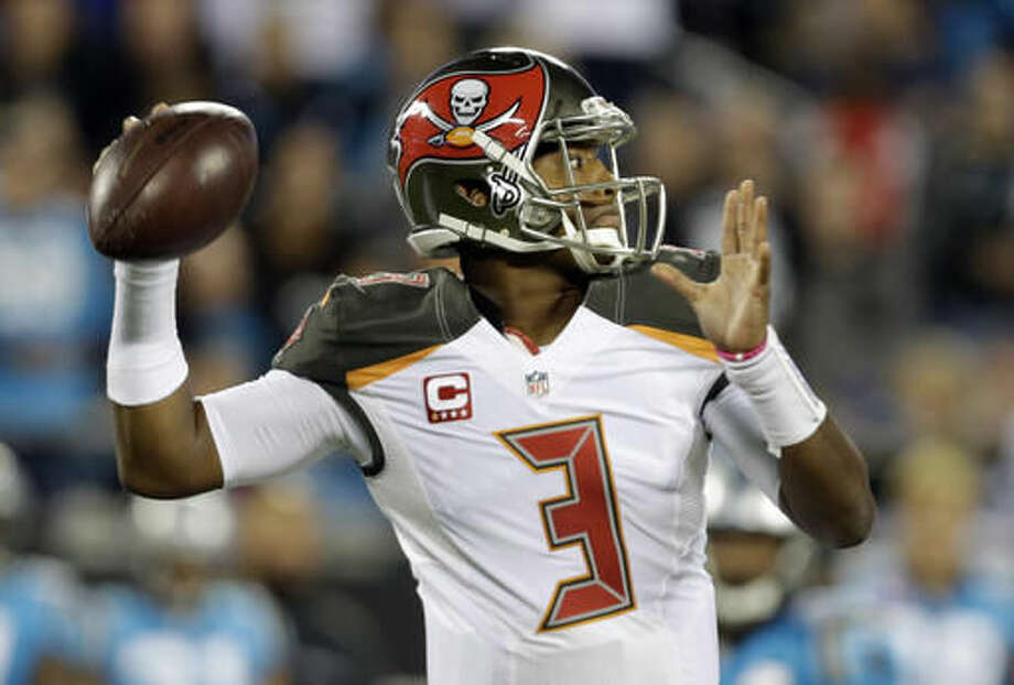 Tampa Bay Buccaneers' Jameis Winston (3) looks to pass against the Carolina Panthers in the first half of an NFL football game in Charlotte, N.C., Monday, Oct. 10, 2016. (AP Photo/Bob Leverone)