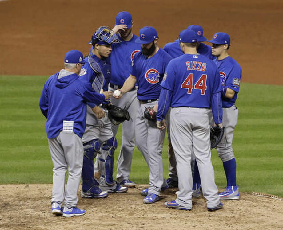 Chicago Cubs starting pitcher Jake Arrieta is pulled from the game during the seventh inning of Game 6 of the Major League Baseball World Series against the Cleveland Indians Tuesday, Nov. 1, 2016, in Cleveland. (AP Photo/Gene J. Puskar)