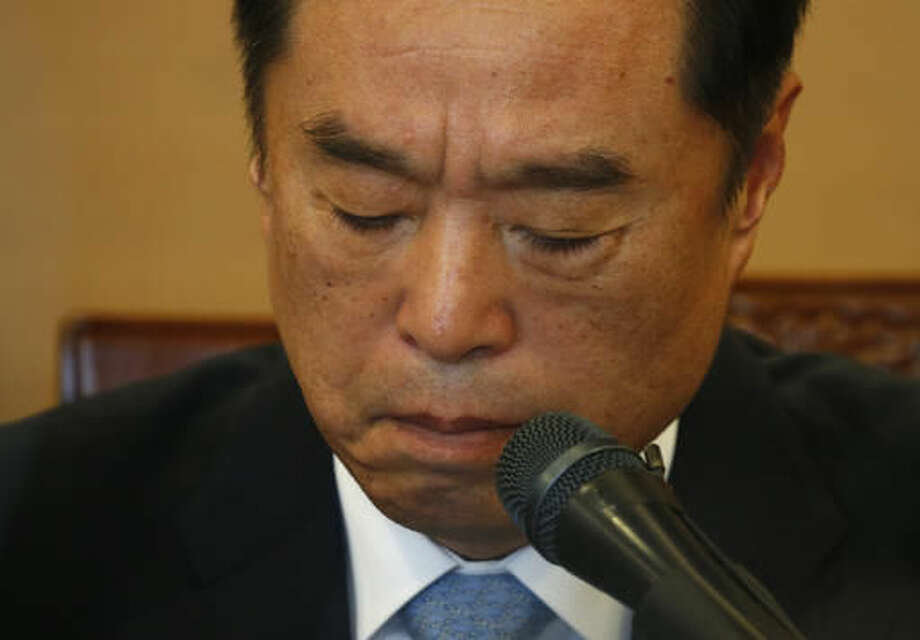 Kim Byong-joon, a nominee for South Korea's Prime Minister, reacts during a news conference in Seoul, South Korea, Thursday, Nov. 3, 2016. President Park Geun-hye's office said Wednesday that Park nominated Kim, a former top policy adviser for late liberal President Roh Moo-hyun, as her new prime minister. Kim's selection is subject to parliamentary approval. (Kim Hong-Ji/Pool Photo via AP)