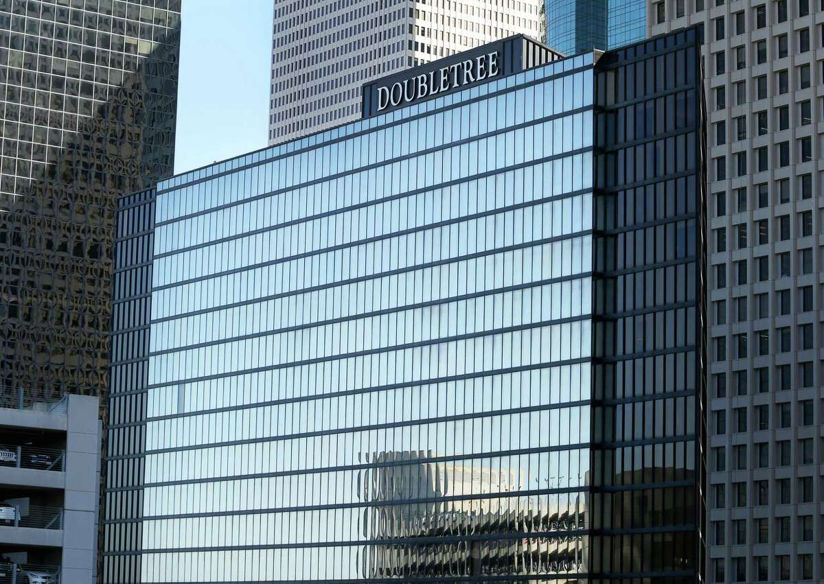 DoubleTree Hotel-Allen Center is photographed Thursday, Dec. 1, 2016, in Houston. Brookfield Property Partners, the owner of downtowné?•s Allen Center office complex, has purchased the DoubleTree Hotel next to it. ( Yi-Chin Lee / Houston Chronicle )