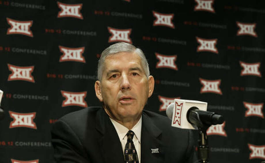 Big 12 Commissioner Bob Bowlsby speaks to reporters after The Big 12 Conference meeting in Grapevine, Texas, Monday, Oct. 17, 2016. The Big 12 Conference has decided against expansion from its current 10 schools after three months of analyzing, vetting and interviewing possible new members. (AP Photo/LM Otero)