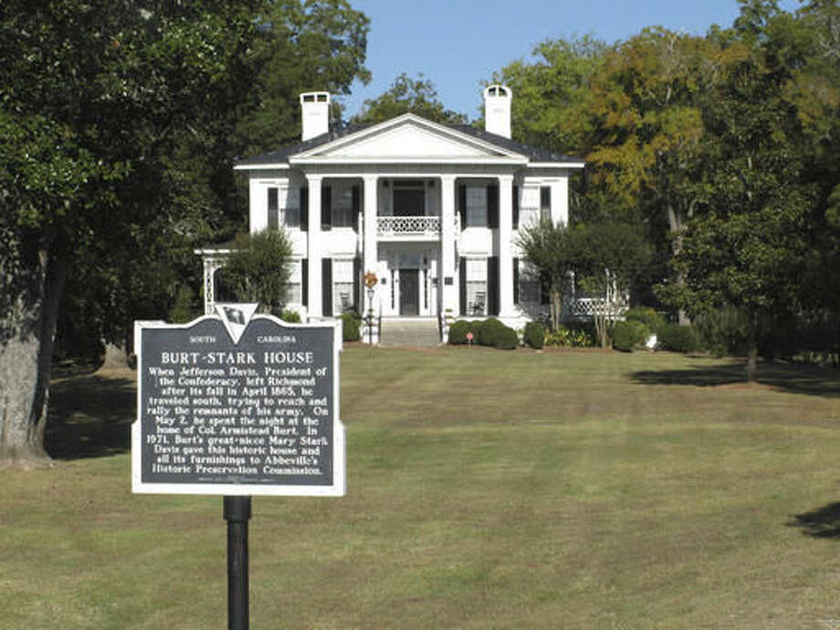 The Burt-Stark house where Confederate President Jefferson Davis held his last war council meeting, is seen on Tuesday, Oct. 18, 2016, in Abbeville, S.C. The site is a quarter-mile from a new marker being unveiled to commemorate the lynching of wealthy black farmer Anthony Crawford by a white mob in Abbeville 100 years ago. Descendants of Anthony Crawford will honor him and unveil a historical marker Saturday, Oct. 22, 2016, in a ceremony outside the Abbeville Opera House. (AP Photo/Jeffrey Collins)