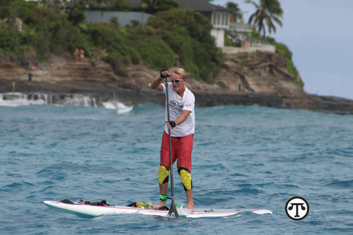 With prescription drug prices so uncertain these days, many people are relieved, in more ways than one, to find an effective over-the-counter pain reliever, says Dr. Bob Arnot, seen here, practicing his champion paddleboarding. (NAPS)