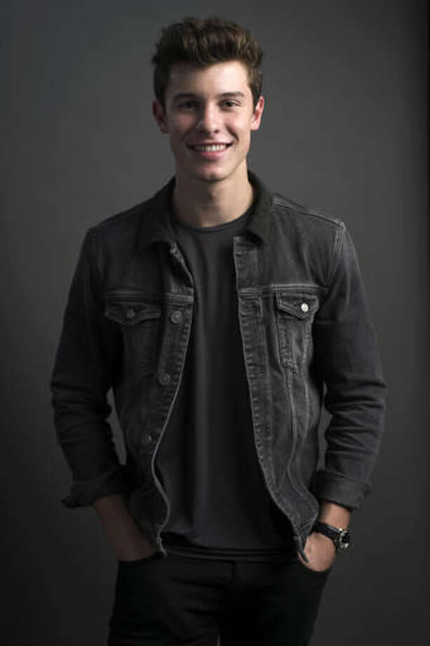 """In this Sept. 23, 2016 photo, singer Shawn Mendes poses for a portrait to promote his sophomore album """"Illuminate,"""" in New York. (Photo by Scott Gries/Invision/AP)"""