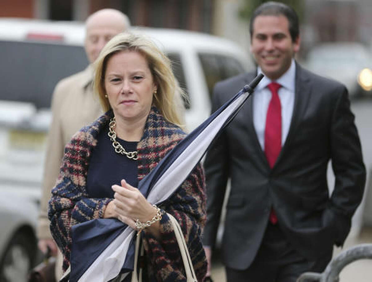 Bridget Kelly arrives to the federal courthouse in Newark, N.J., Thursday, Oct. 27, 2016. After testimony spanning six weeks, jurors in the George Washington Bridge lane-closing case will hear closing arguments beginning today. Kelly and Bill Baroni, two former allies of Republican Gov. Chris Christie are on trial on charges they closed access lanes for four days in September 2013 to punish a Democratic mayor who didn't endorse Christie. (AP Photo/Seth Wenig)