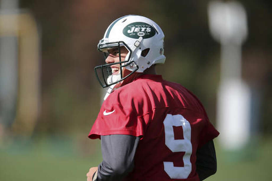 New York Jets quarterback Bryce Petty smiles during a NFL football practice in Florham Park, N.J., Wednesday, Oct. 26, 2016. (AP Photo/Seth Wenig)