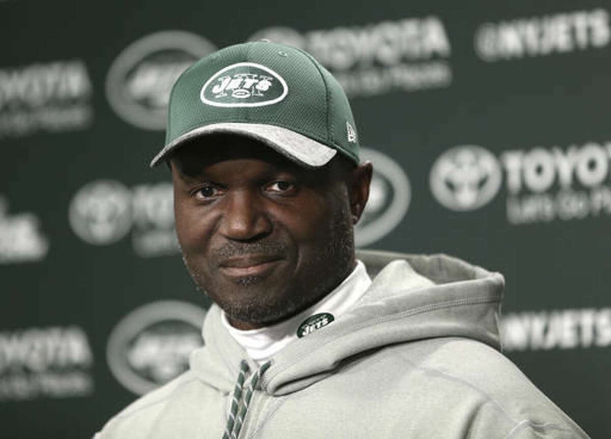 New York Jets head coach Todd Bowles talks to reporters after an NFL football practice in Florham Park, N.J., Wednesday, Oct. 26, 2016. (AP Photo/Seth Wenig)