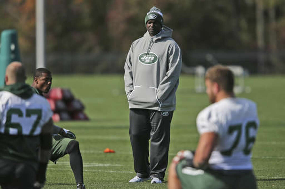 New York Jets head coach Todd Bowles looks over the field during a NFL football practice in Florham Park, N.J., Wednesday, Oct. 26, 2016. (AP Photo/Seth Wenig)
