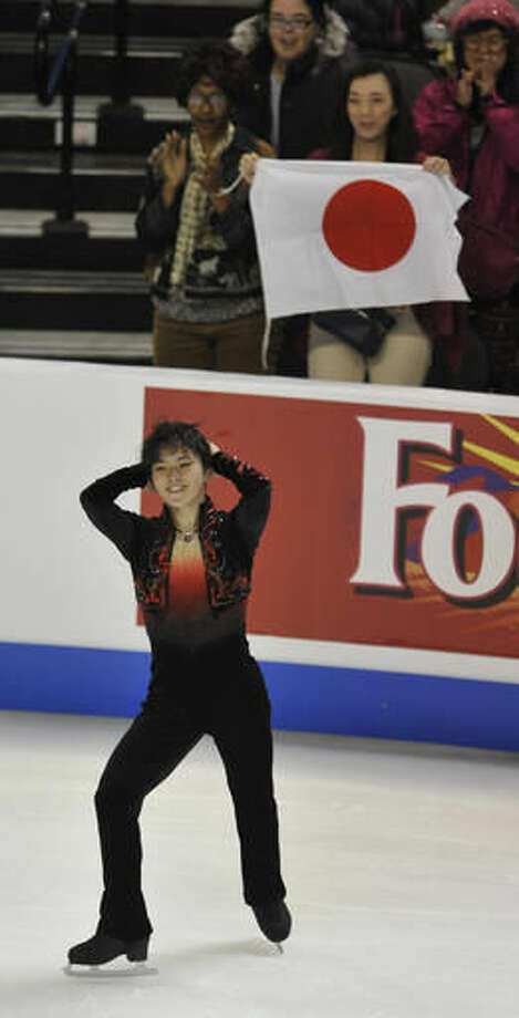 Shoma Uno, of Japan, competes in the men's free skating during the 2016 Progressive Skate America competition, Sunday, Oct. 23, 2016, in Hoffman Estates, Ill. (AP Photo/Paul Beaty)