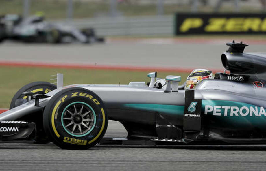 Mercedes driver Lewis Hamilton, of Britain, steers his car during the Formula One U.S. Grand Prix auto race at the Circuit of the Americas, Sunday, Oct. 23, 2016, in Austin, Texas. (AP Photo/Darron Cummings)