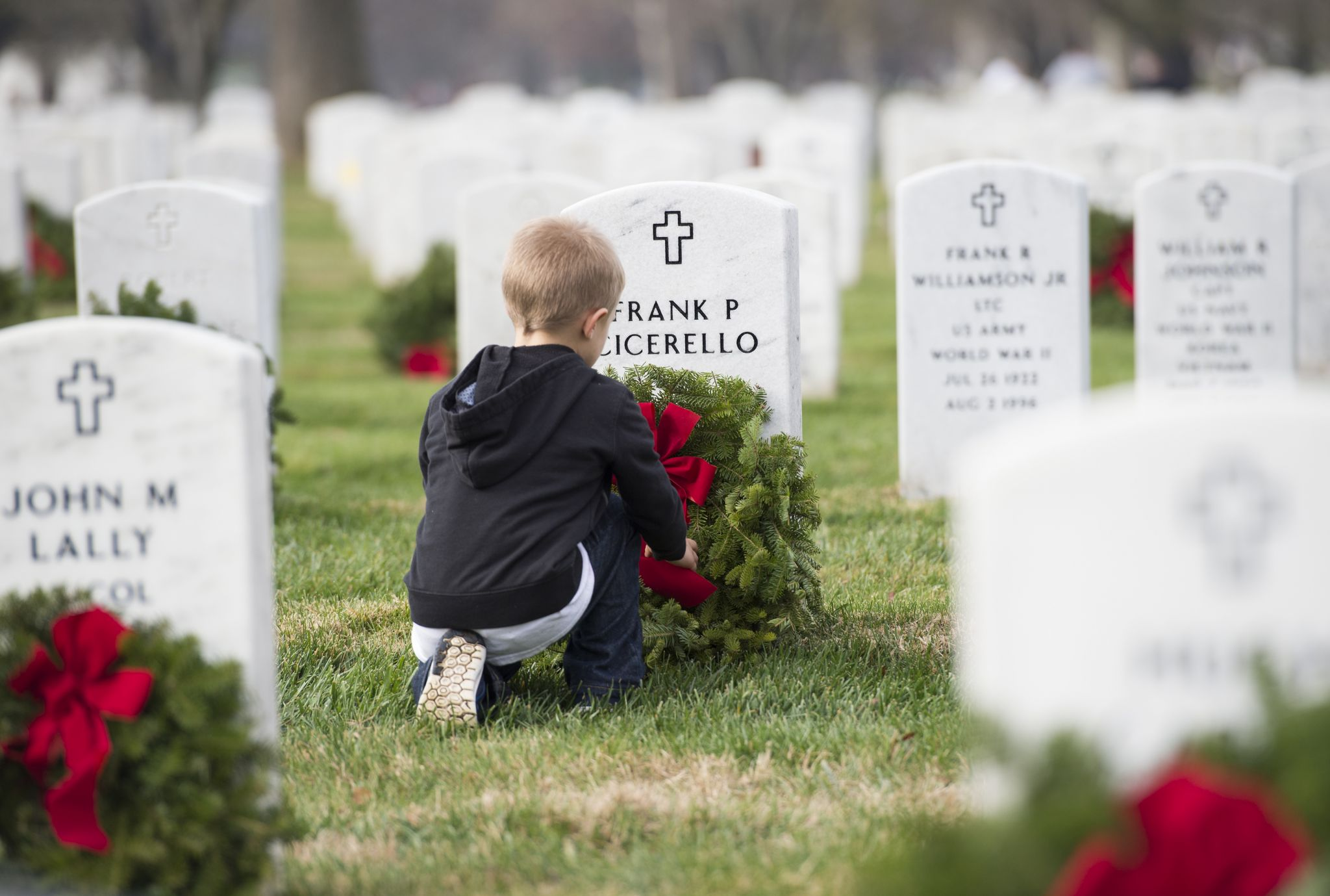 Veteran, orang Texas yang terkenal akan dihormati di Pemakaman Negara Bagian Texas dengan upacara Natal