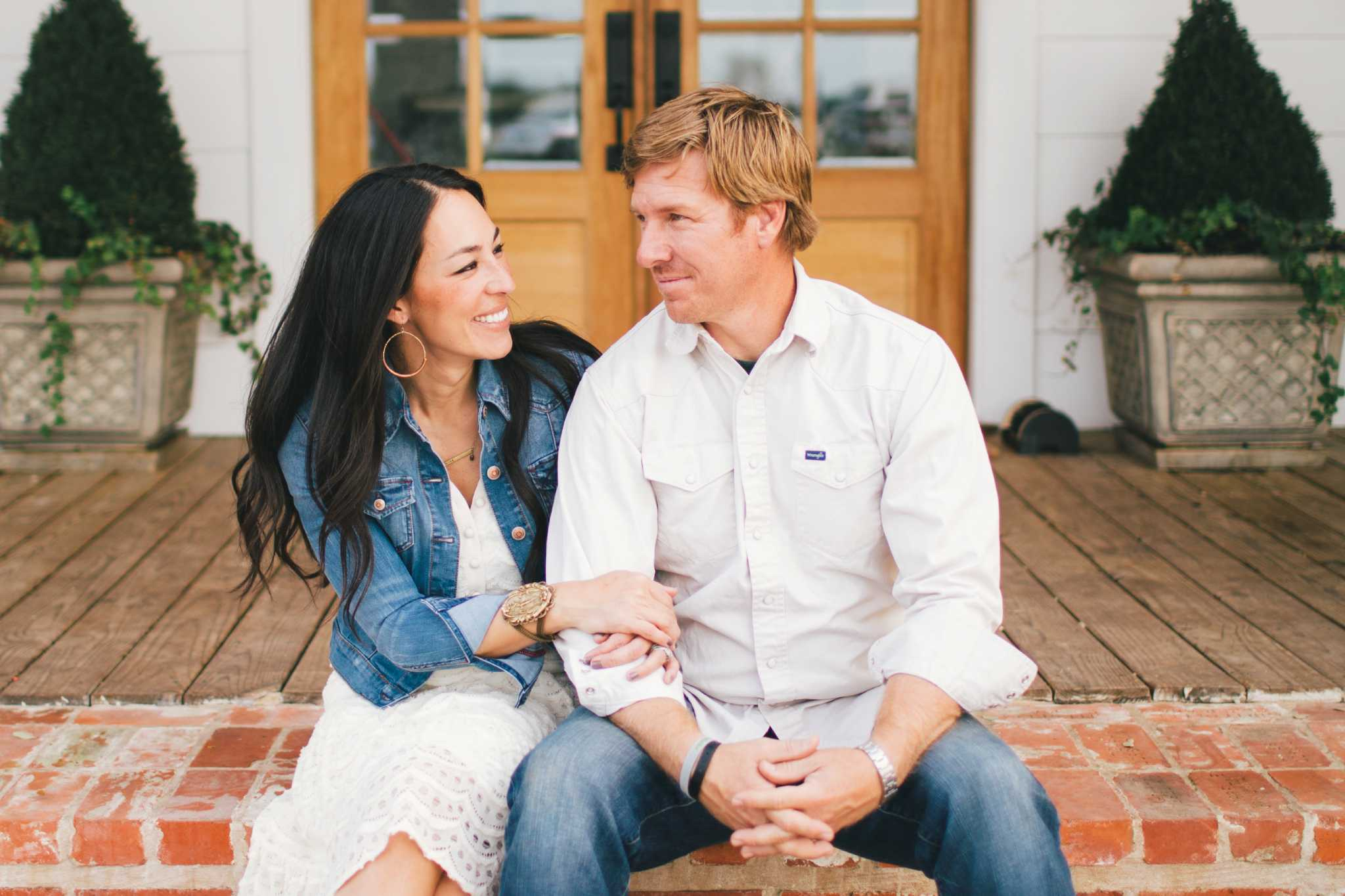 Fixer Upper Is Down To Its Final Episode And Stars Knew It Was Time Leave The Reality Tv Juggernaut After A Single Tweet From Customer