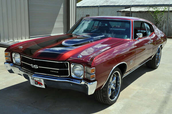 The 1971 Chevrolet Chevelle's base price was $72,600.