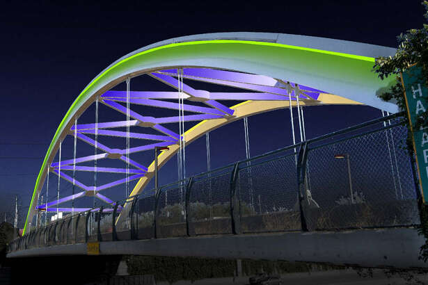 New LED lighting is planned along seven bridges spanning U.S. 59 in the Montrose area. The color-changing lights will replace broken lighting on the bridges that was popular with drivers and nearby residents.