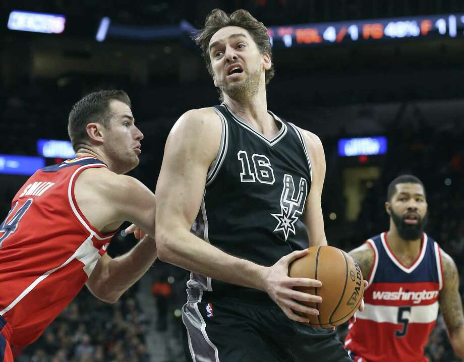 Resting with an injury might be a blessing in disguise for Pau Gasol. Photo: Tom Reel /San Antonio Express-News / 2016 SAN ANTONIO EXPRESS-NEWS