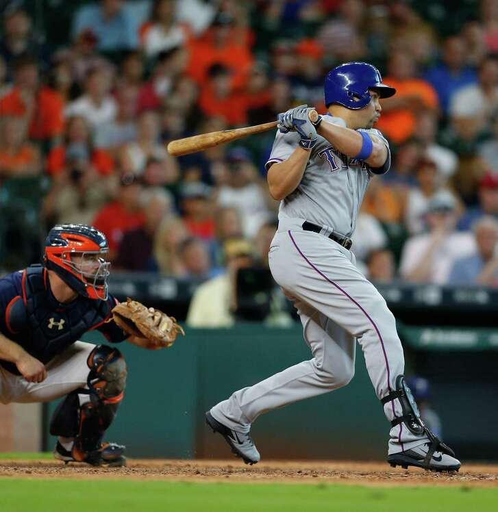 Carlos Beltran joins the Astros after hitting .295 with 29 home runs and an .850 on-base plus slugging percentage with the Yankees and Rangers last season.