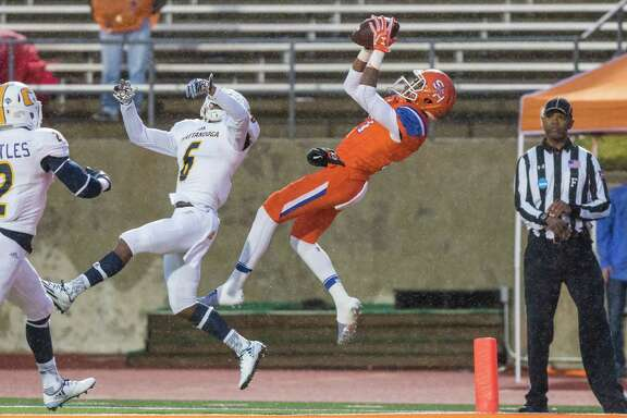 Sam Houston State wide receiver Jaylen Harris caught only one pass in Saturday's game against Chattanooga, but he made it count for a 35-yard touchdown.