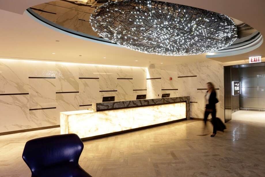 In January, United says it will open its fifth Polaris Lounge at LAX