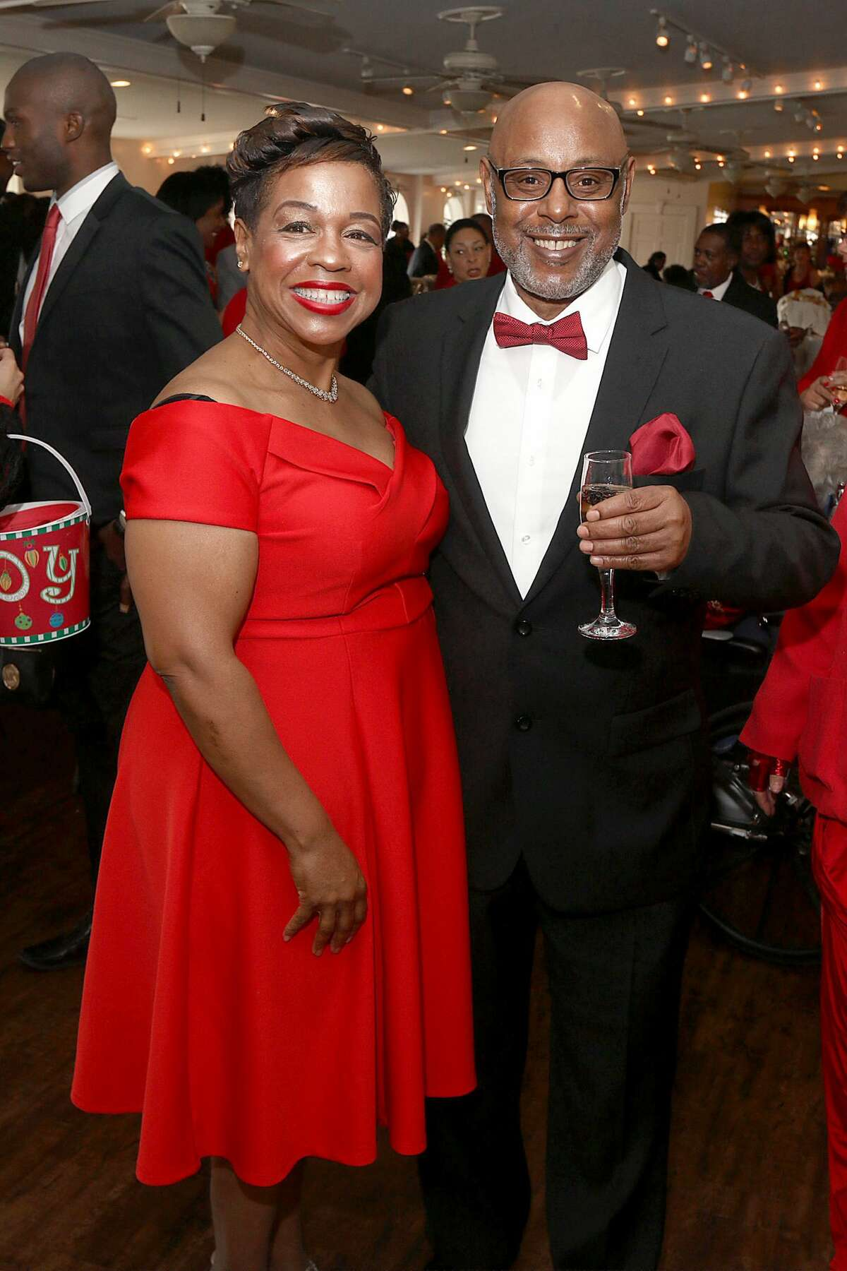 Were you Seen at the Girl Friends Inc.'s 24th annual Paint the Town Red fundraiser on Sunday, December 4, 2016 at the Glen Sanders Mansion in Scotia?