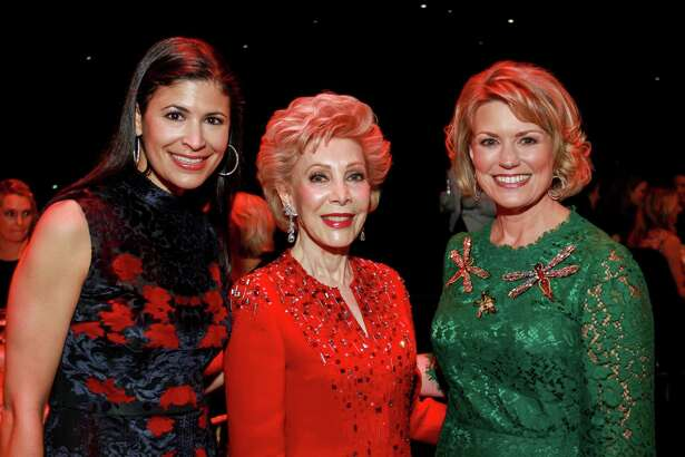 Margaret Alkek Williams, center, with dinner co-chairs Kristy Bradshaw, left, and Kelley Lubanko at the Houston Ballet's annual Jubilee of Dance dinner.  (For the Chronicle/Gary Fountain, December 2, 2016)