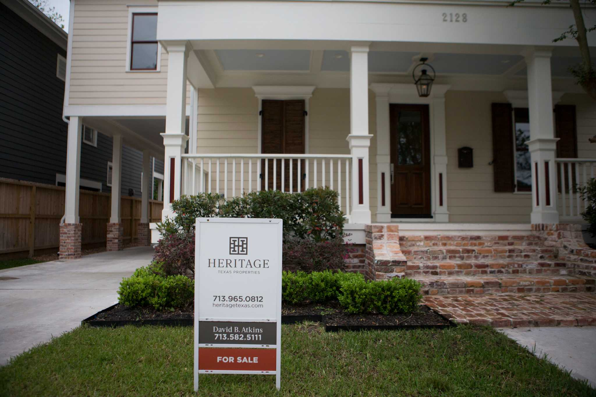 Amazing Texas Home Sales Likely To Break 2015 Record Home Interior And Landscaping Ponolsignezvosmurscom