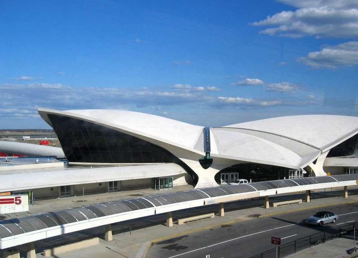 10. John F. Kennedy International Airport, New York Average TSA wait time: 25 minutes, 8 seconds Average number of departing passengers: 38,445