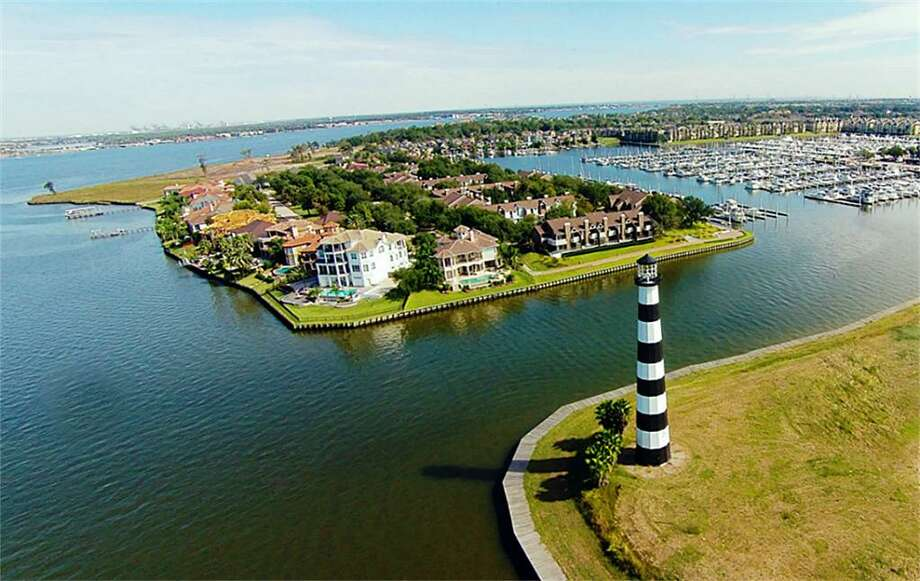 Beacon Island, a 35-acre sprawl, is back on the market in League City.>>Click to see more photos of the site. Photo: Houston Association Of Realtors